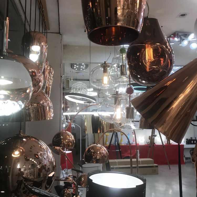 La Fábrica de Iluminación en Villa Devoto, Buenos Aires 4