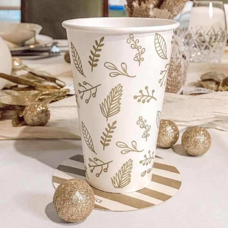 Alparamis - Local de decoración, bazar, textiles y decoración para fiestas y navidad en Olivos y Galerías Pacífico 7