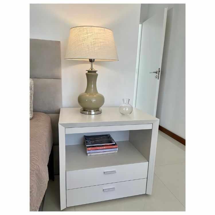 Thais - Muebles de diseño contemporáneo y decoración en Retiro / Distrito Arenales 4