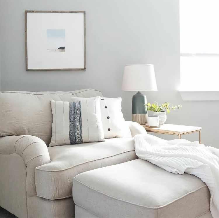 Ashley Furniture Home Store Uruguay 4