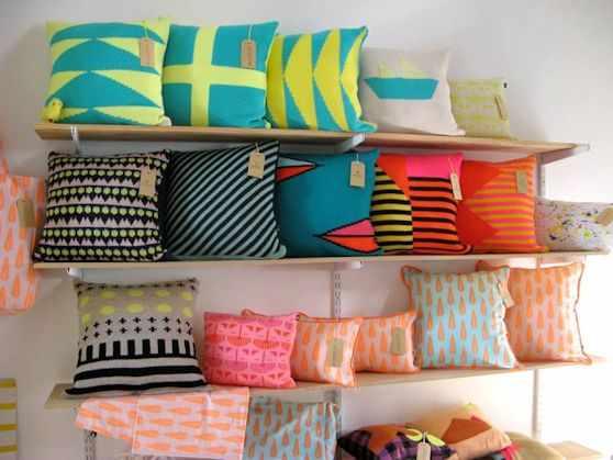 al borde llama almohadones y textiles