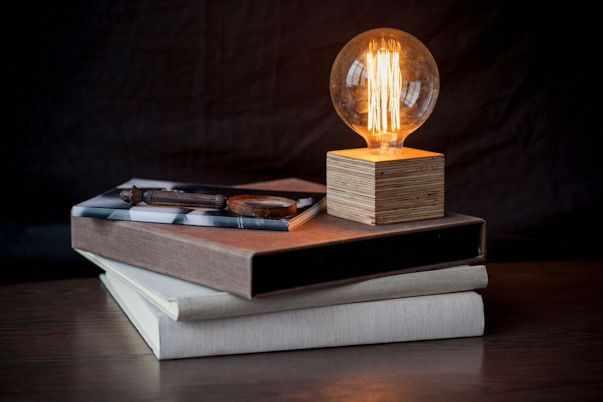 Fiumine Lamps & Deco 6
