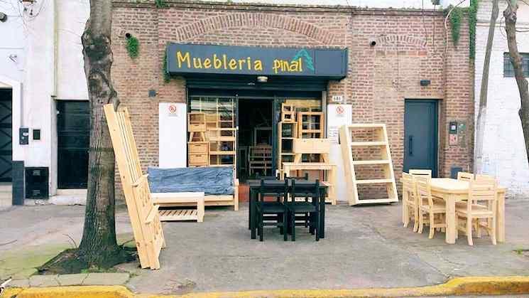 Mueblería Pinal en La Plata 1