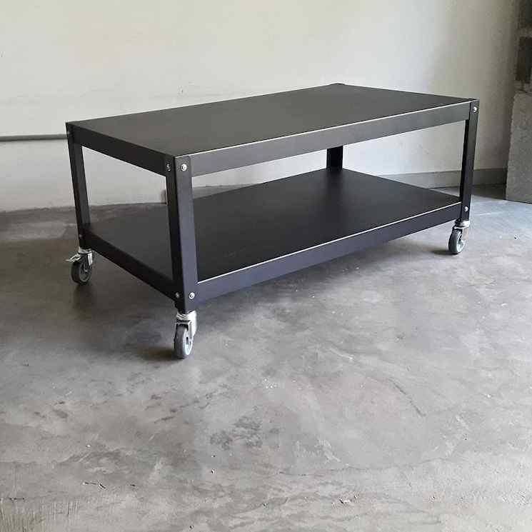 MUETT: mesa de centro con ruedas fabricada en metal