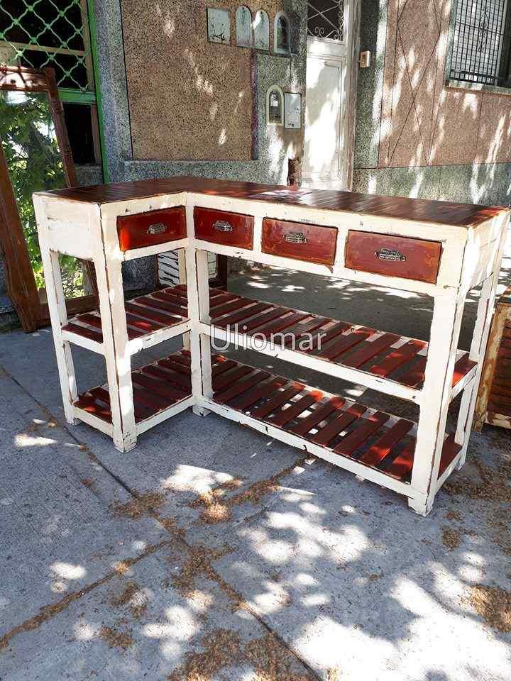 Uliomar Muebles rústicos en Villa Urquiza 3