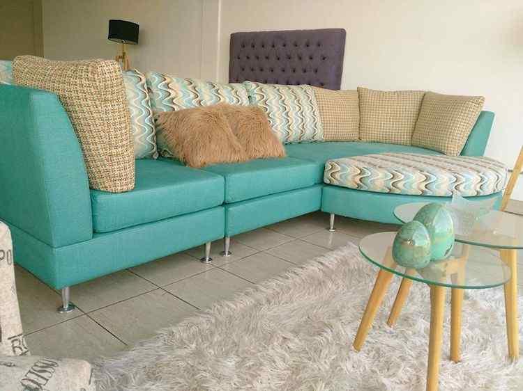 Via Divano: muebles para living y comedor en Luis Guillón 1