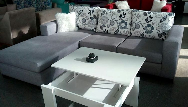 Via Divano: muebles para living y comedor en Luis Guillón 4