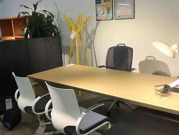 Fernando Mayer: muebles modernos y contemporáneos para la casa y oficina 6