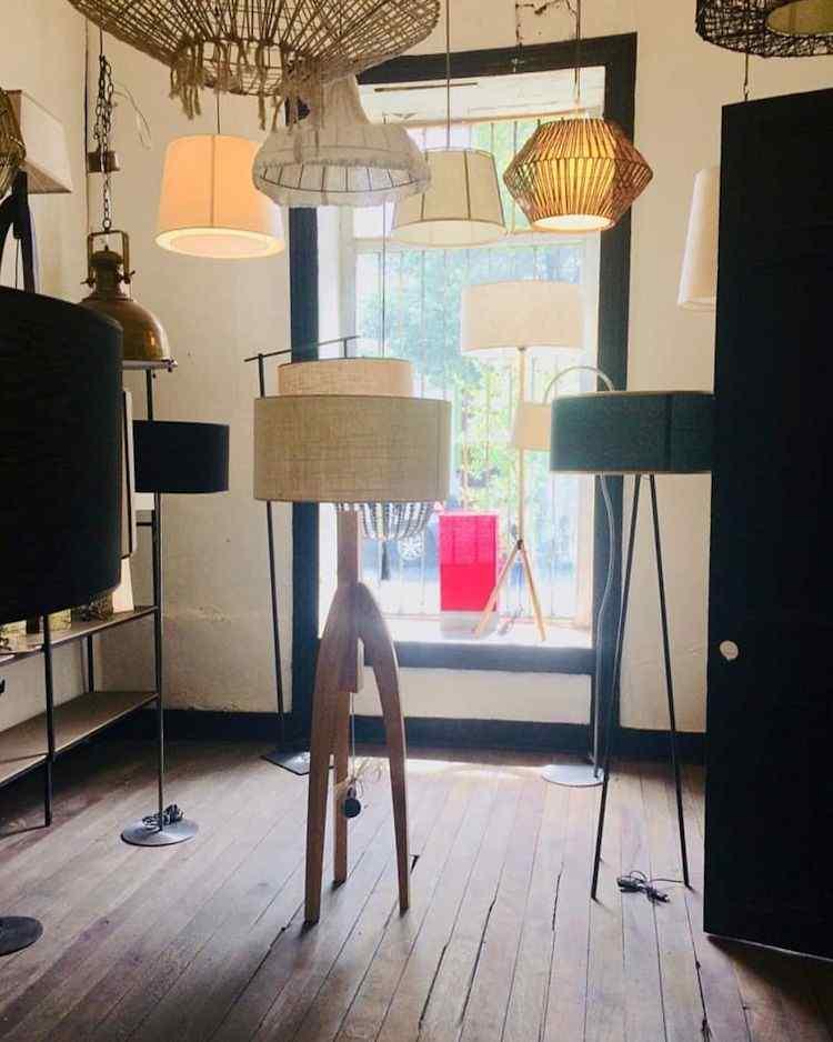 Taller Maíz | Lámparas y pantallas en Bellavista, Santiago 3