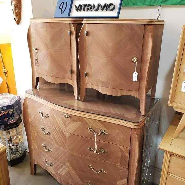 Vitruvio: muebles clásicos, retro y vintage en Villa Crespo, Buenos Aires 9