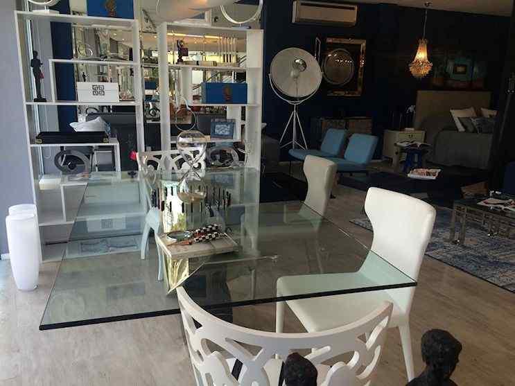 Wilson Tobal - Muebles de diseño en Las Cañitas, Rosario, Punta del Este y Asunción 9