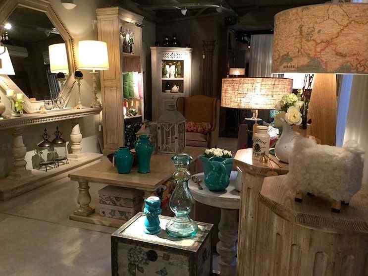 Il Mercato Muebles y decoración en Belgrano 1
