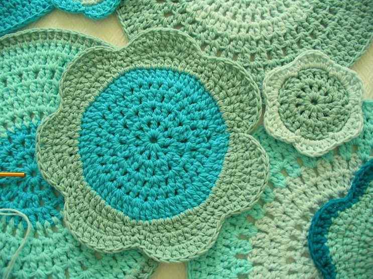 Puerta al Sur - Alfombras tejidas a crochet 9