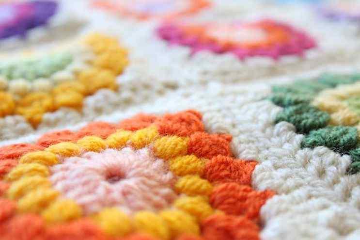 Puerta al Sur - Alfombras tejidas a crochet 2