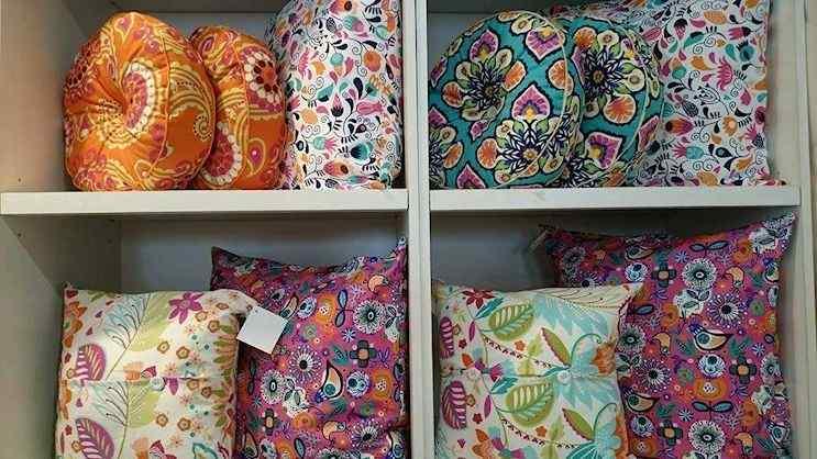 Bed Collection en La Plata: sommiers, colchones, ropa de cama, muebles para dormitorios, dormitorios infantiles 4