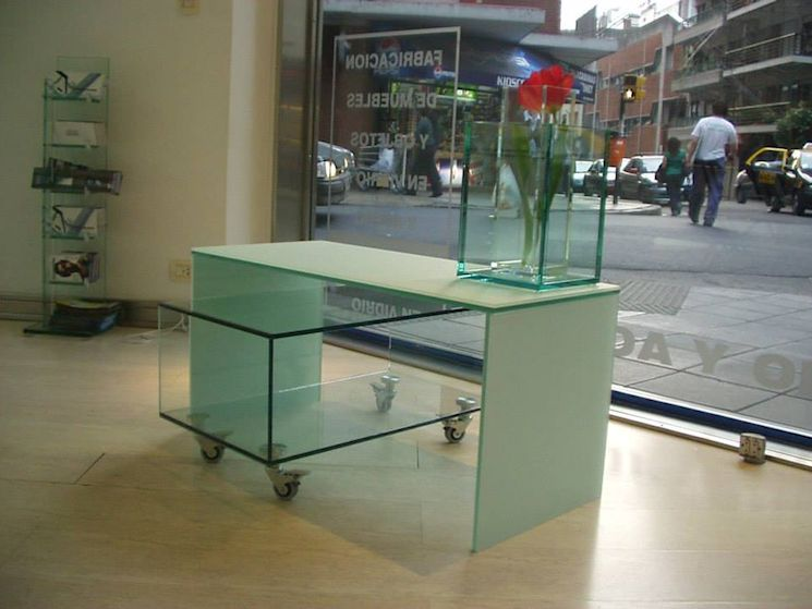 Steel & Glass Muebles en Palermo 3