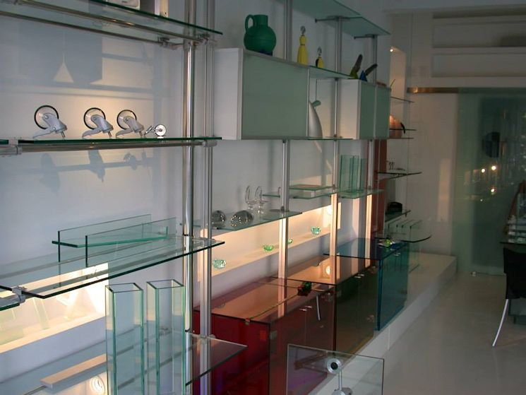 Steel & Glass Muebles en Palermo 6