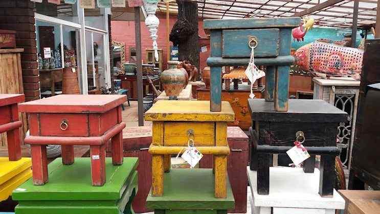 Tienda Himalaya - Muebles orientales y muebles rústicos en Santiago de Chile 1