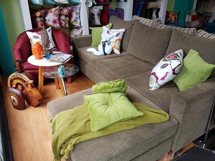 Kumi Deco: futones, sillones, sillon cama, puffs, divanes, almohadones y fundas 8