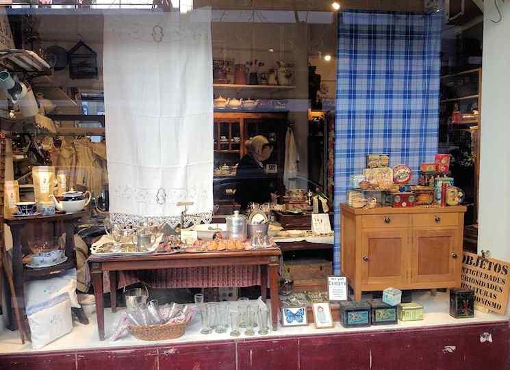 Ada B Objetos y Antigüedades en Recoleta 2