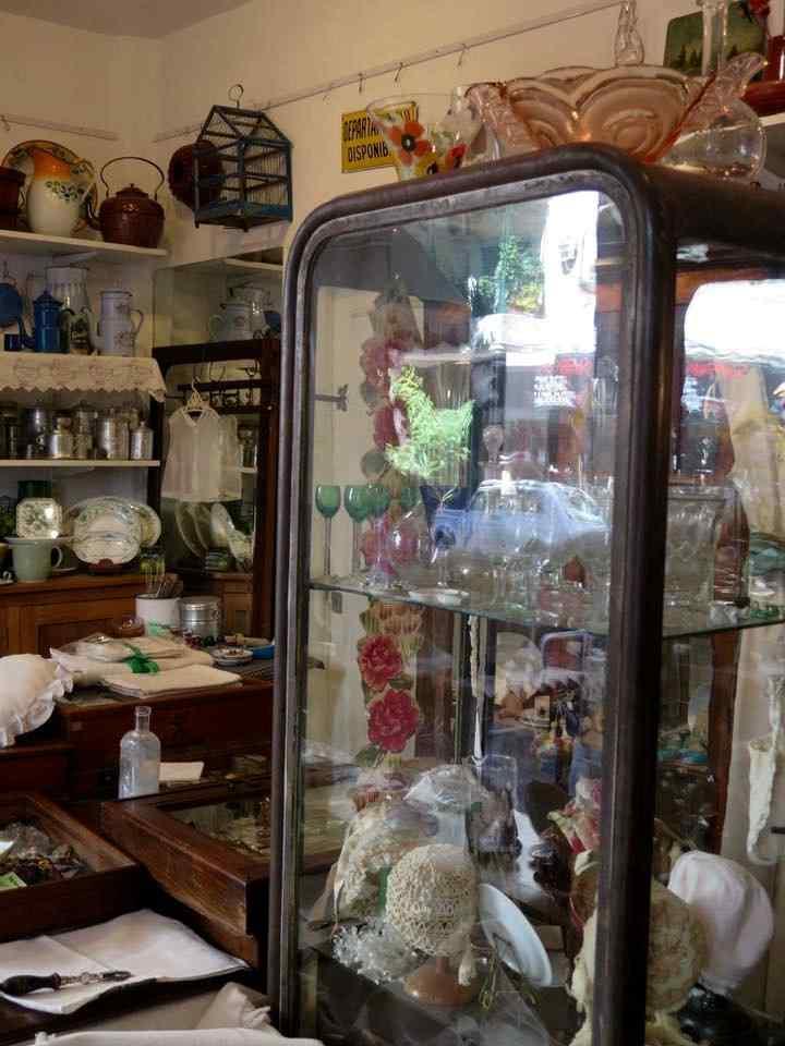 Ada B Objetos y Antigüedades en Recoleta 11